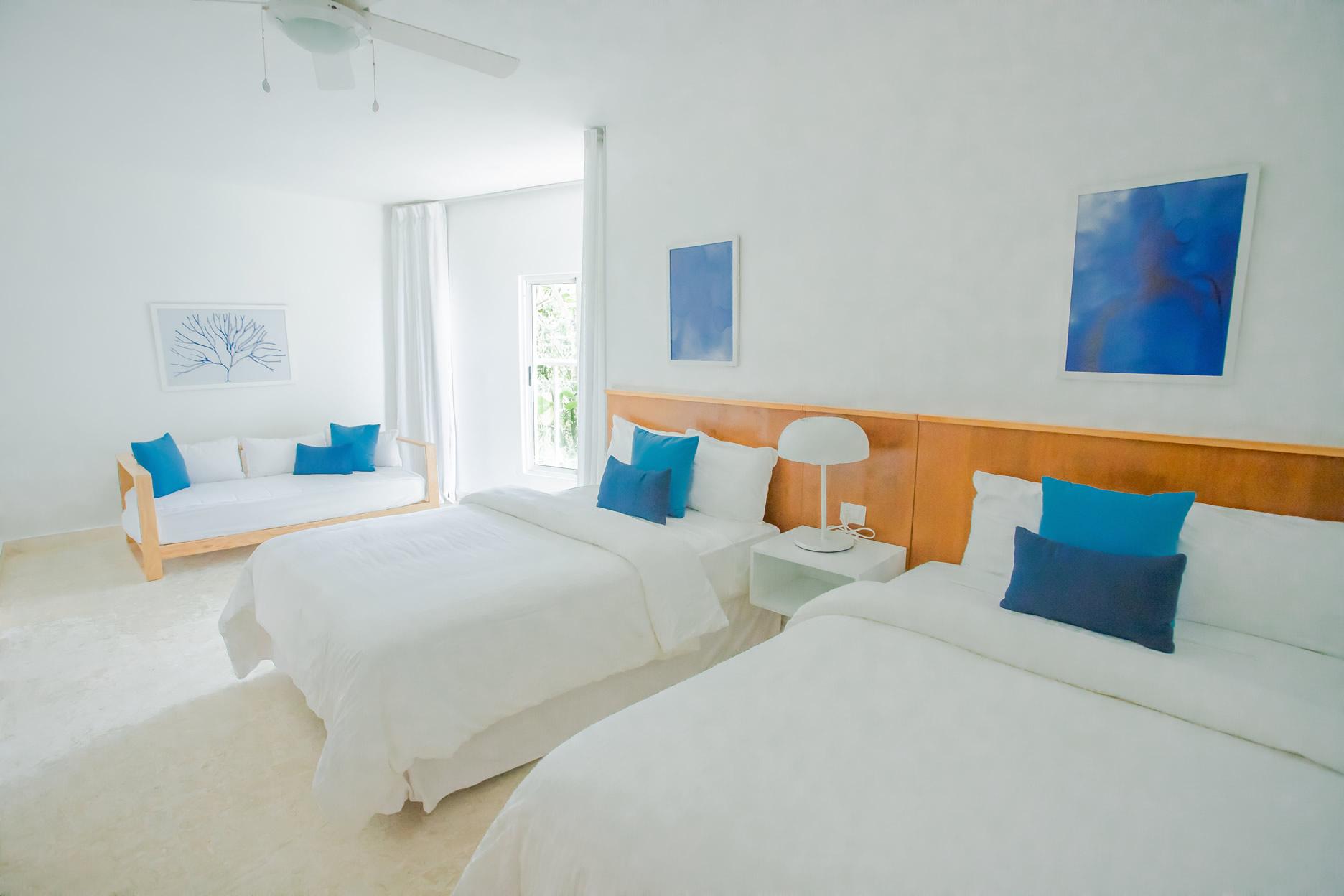 Splendid OCEANFRONT Apartment w/Pool CosonBay