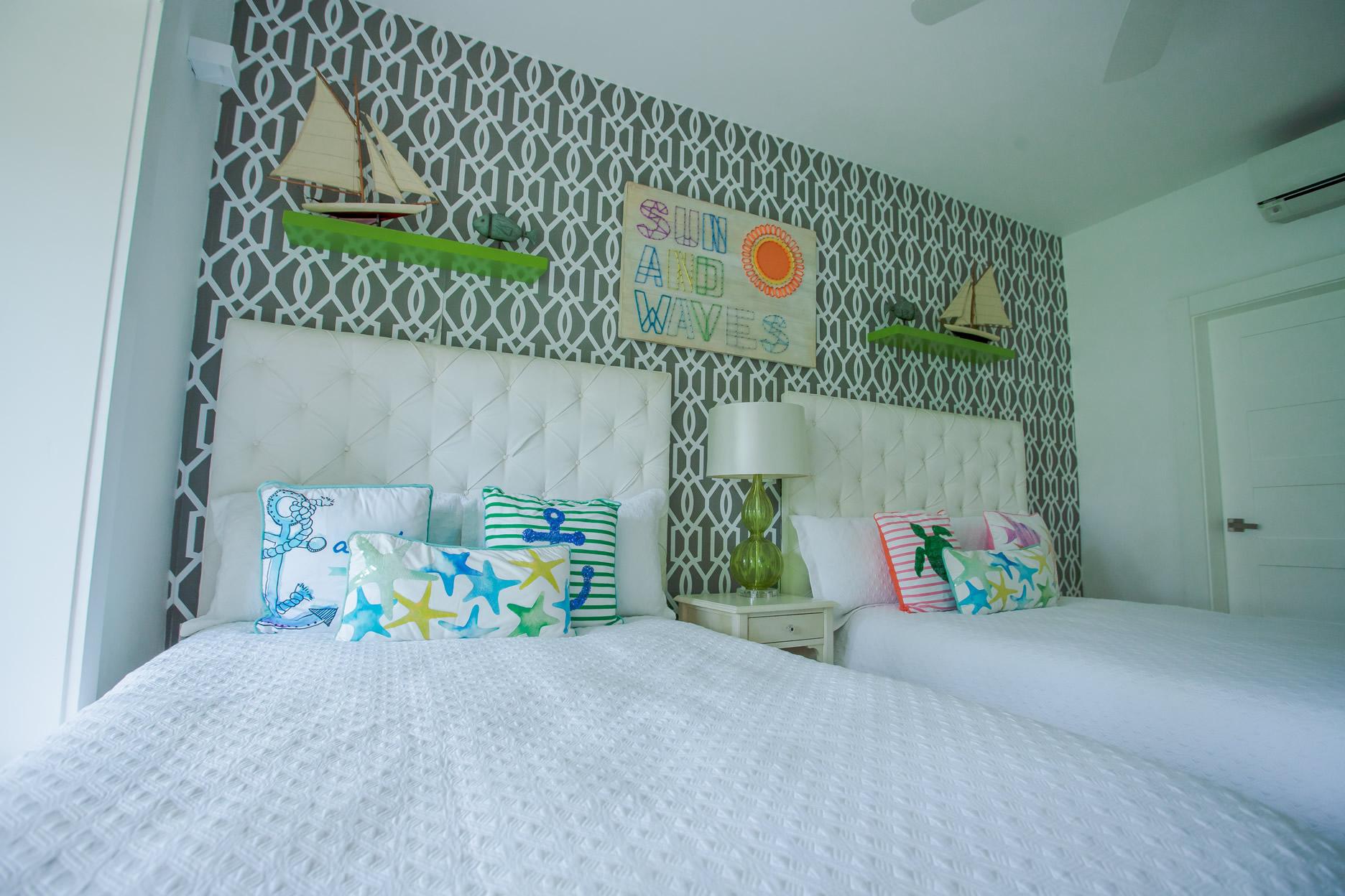 OCEANFRONT 1st Floor Apartment CosonBay